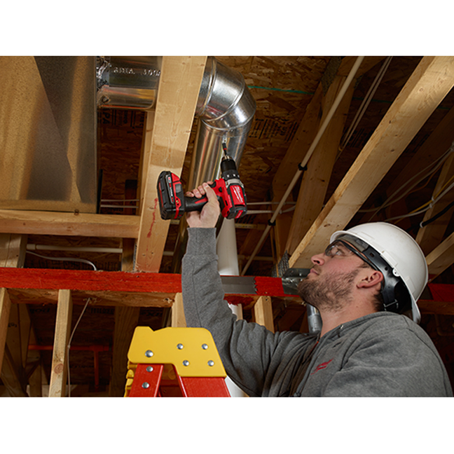Milwaukee 2701-20 M18 Compact Brushless Drill Driver In Use 2