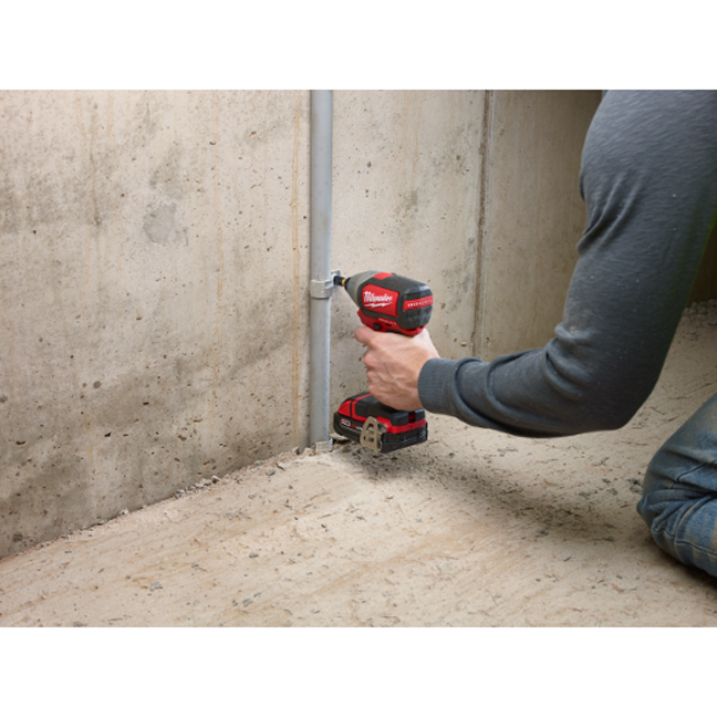 Milwaukee 2750-20 M18 Hex Brushless Impact Driver In Use 3
