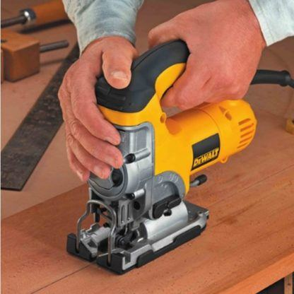 DeWalt DW331K Top-Handle Jig Saw Kit 3