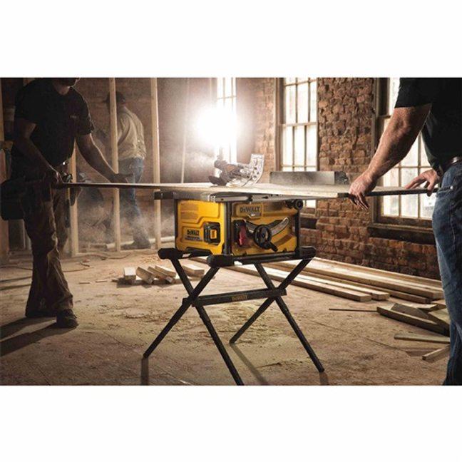 DeWalt DCS7485T1 FlexVolt 60V Max Table Saw Kit In Use 1