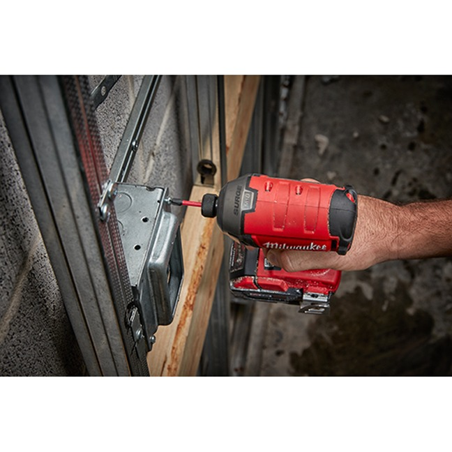 Milwaukee 2760-20 M18 FUEL SURGE Hex Hydraulic Driver In Use 4